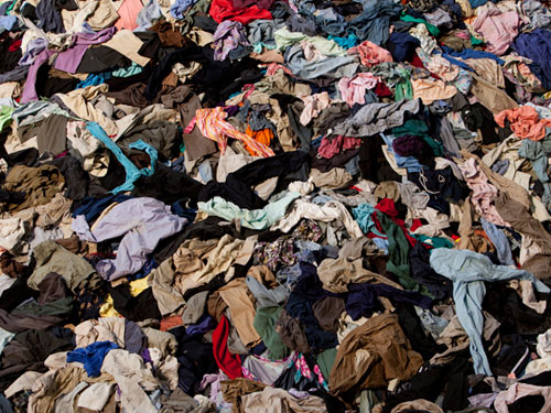 How to recycle the waste clothes, Fabric, Textile Using the Crusher machine and shredder Machine?